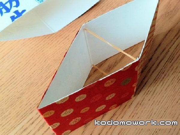 牛乳パックで手作りびっくり箱の動力は輪ゴム